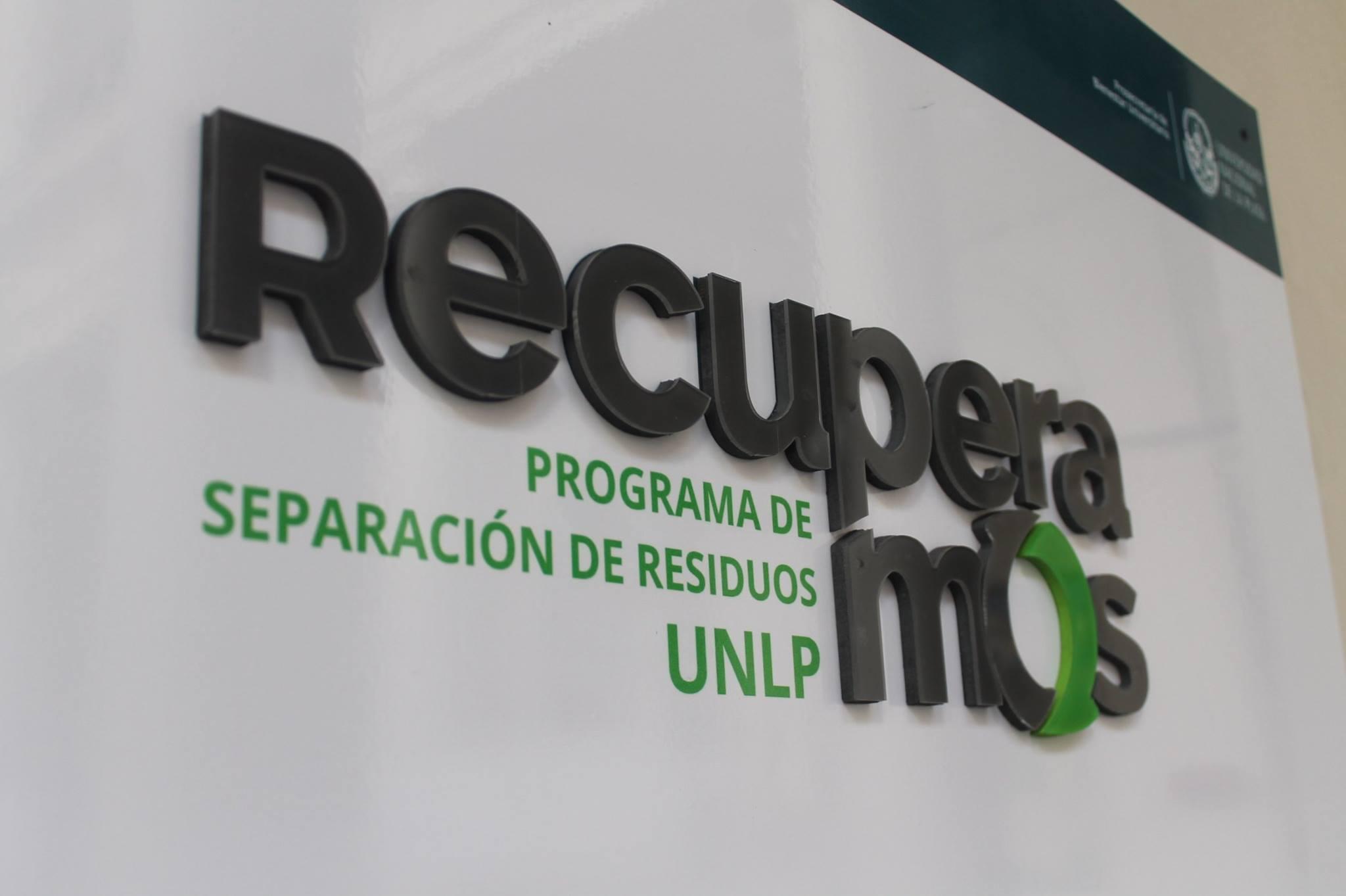 Cartelería del programa de reciclaje «Recuperamos» (2015)